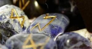 El tarot del amor con las runas
